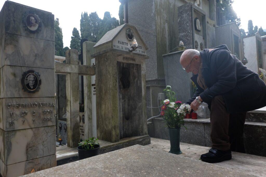 Tomba di Vincenzo Rabito al cimitero di Chiaramonte Gulfi